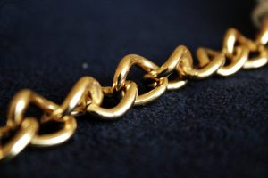 A chain symbolising the blockchain technology. Een ketting die de blockchaintechnologie symboliseert.