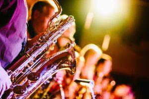 Saxofoon, band, optreden