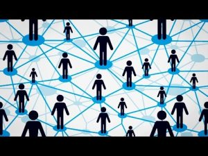 People within a P2P-network. Mensen in een peer-to-peer netwerk.