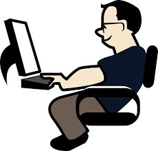 Man achter computer