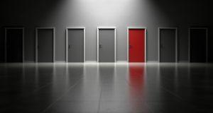 Deuren, beslissingsproces, blockchain governance.
