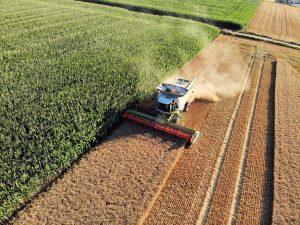 Landbouwmachine, akker