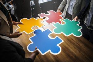 Odyssey hackathon, co-creatie, samenwerking, puzzelstukjes