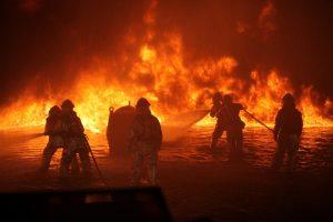 Brandweerlieden, brand, blussen
